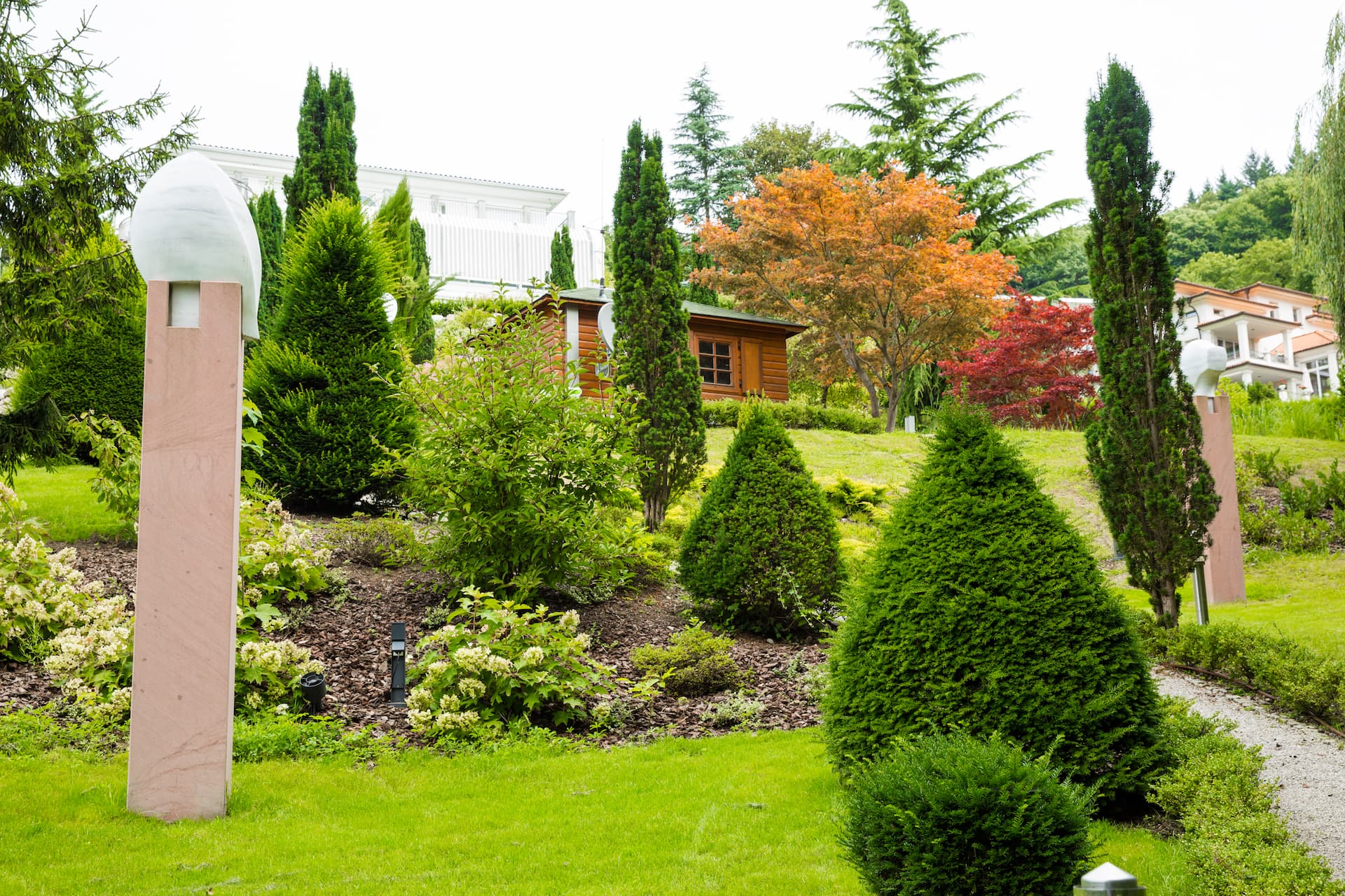 Exklusiver Hausgarten in Hanglage